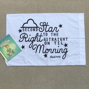 NWT Kids Disney Peter Pan pillowcase & golden book